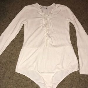 BROOKLYN KARMA  WHITE LACE UP BODY SUIT